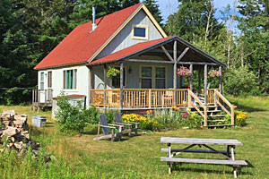 A Bit of Maine - Coastal Cabin Rentals